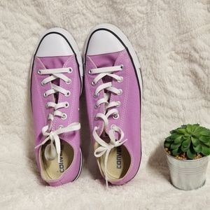 Purple converse. Womens 10
